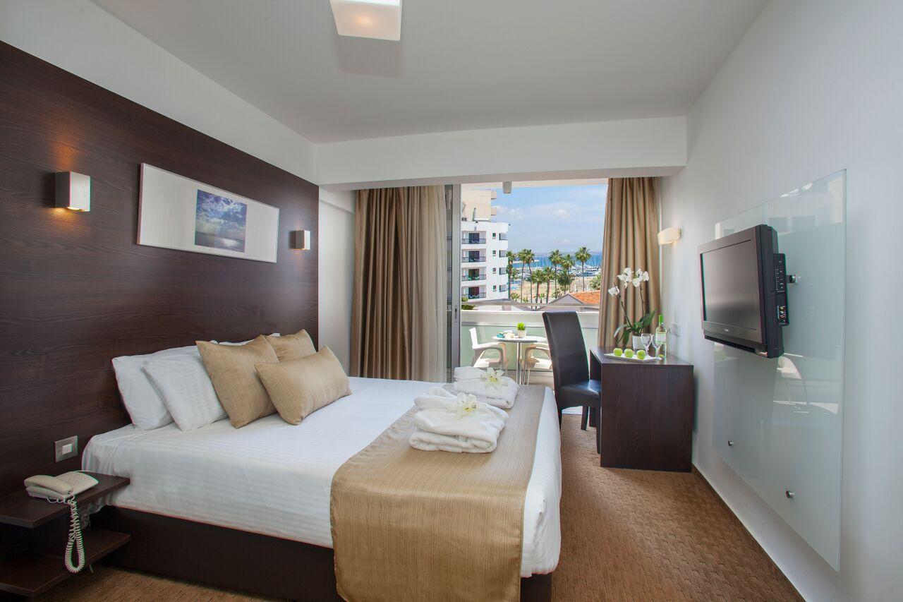 WIOSNA 2018: Amorgos Boutique Hotel***, 7 dni (19-26.03.2018 r.), śniadania: 1619,00 PLN/osoba