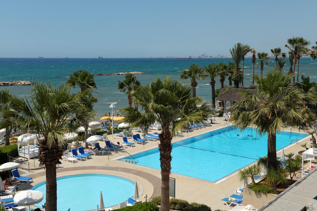 CYPR - WIOSNA 2018: Palm Beach Hotel & Bungalows****, 8 dni (05-12.03.2018 r.), dwa posiłki: 2489,00 PLN/osoba