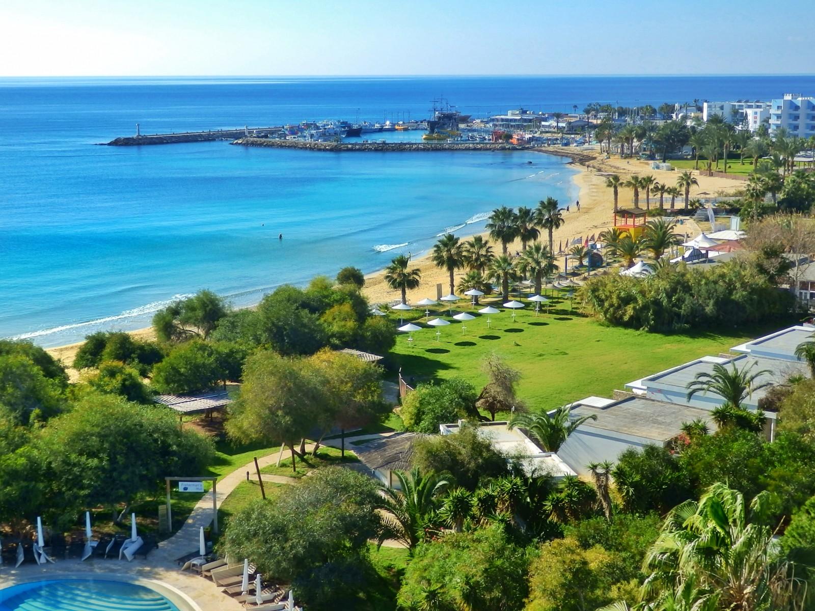 LATO 2018: Grecian Bay Hotel*****, 7 dni (07-14.09.2018 r.), śniadania: 4369,00 PLN/osoba
