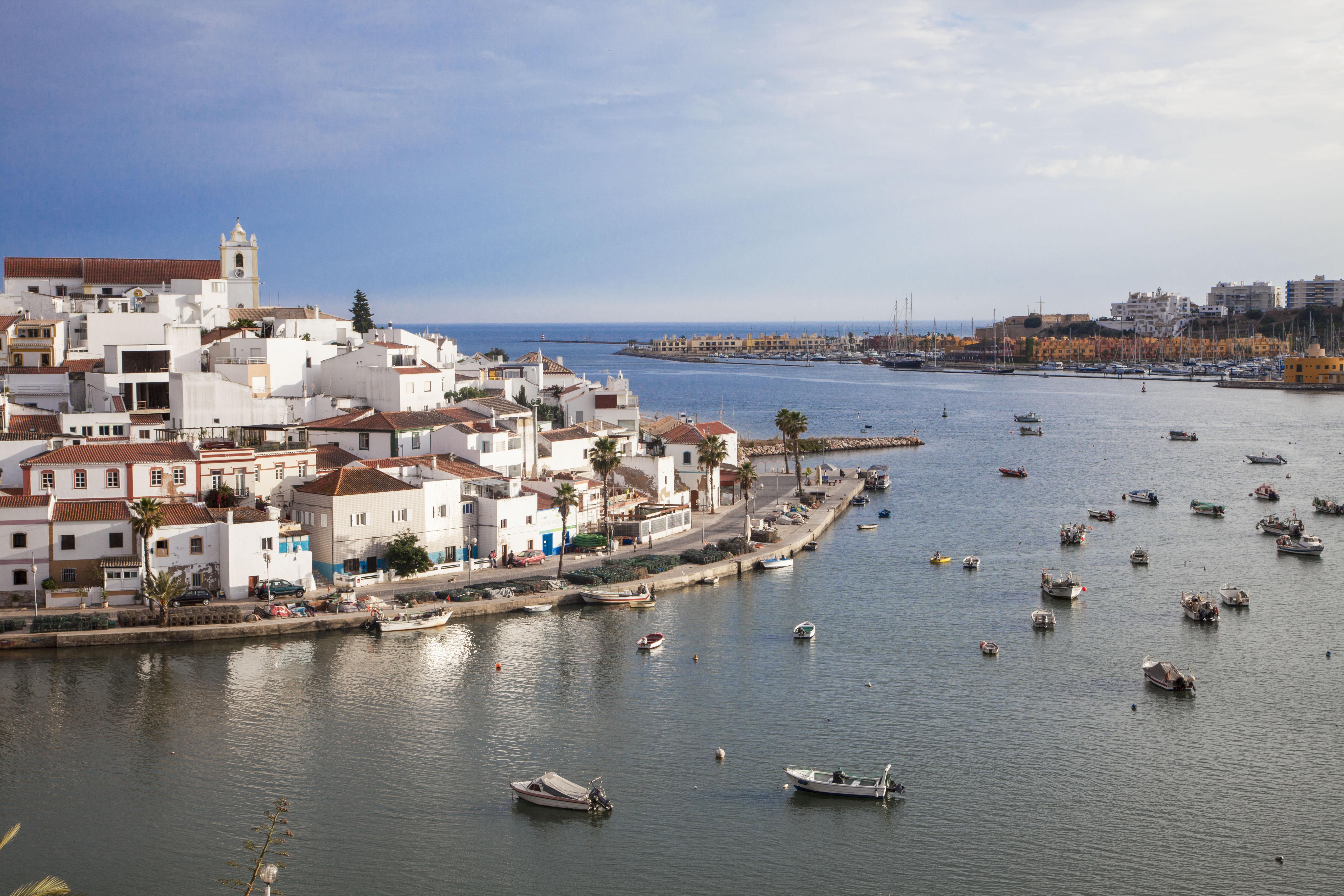 PORTUGALIA - LATO 2019: Vitor's Village***, 8 dni (12-19.05.2019 r.), śniadania: 2059,00 PLN/os. dorosła