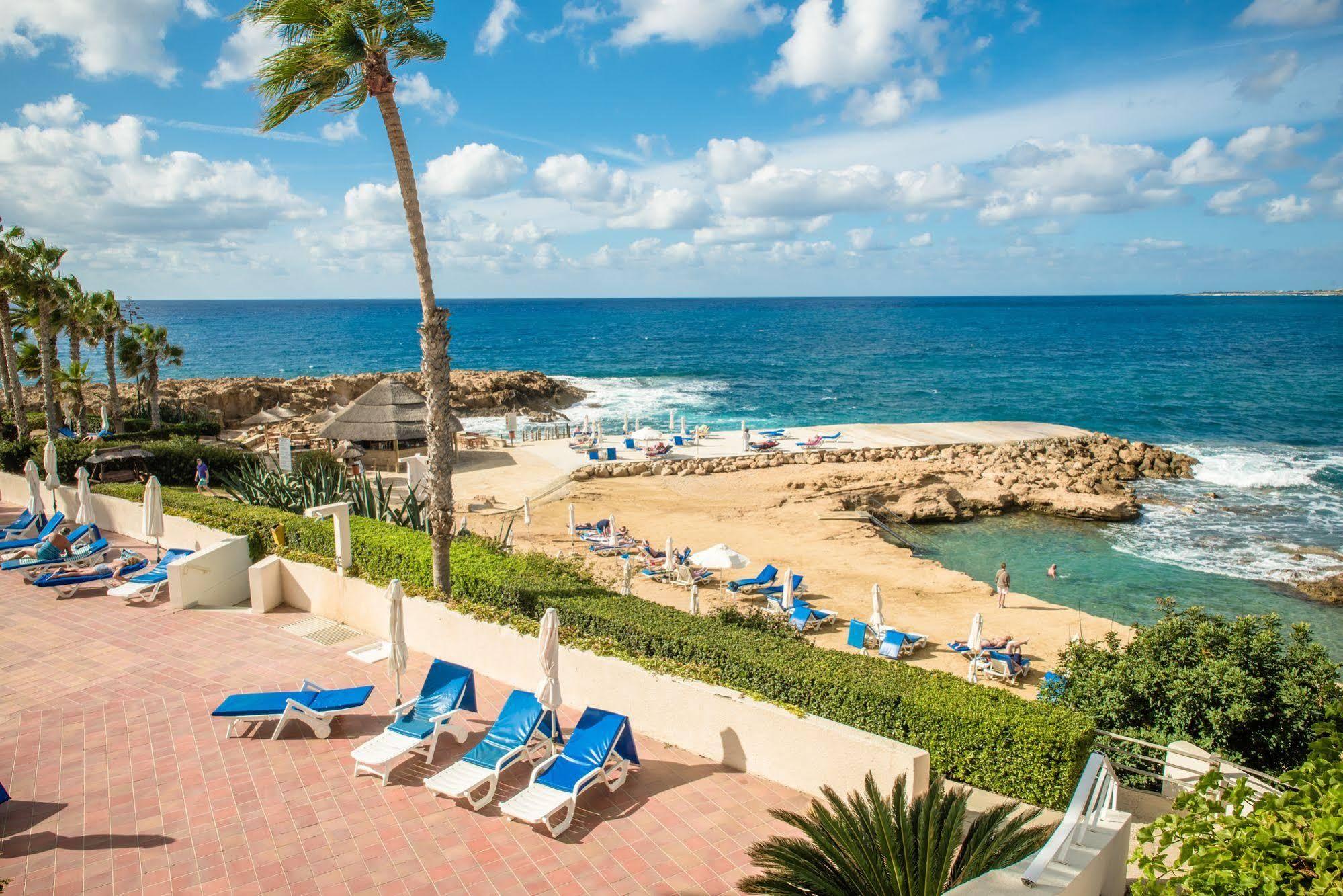 MAJÓWKA 2019 - CYPR: Cynthiana Beach Hotel***, 8 dni (28.04-05.05.2019 r.), dwa posiłki: 2129,00 PLN/os. dorosła
