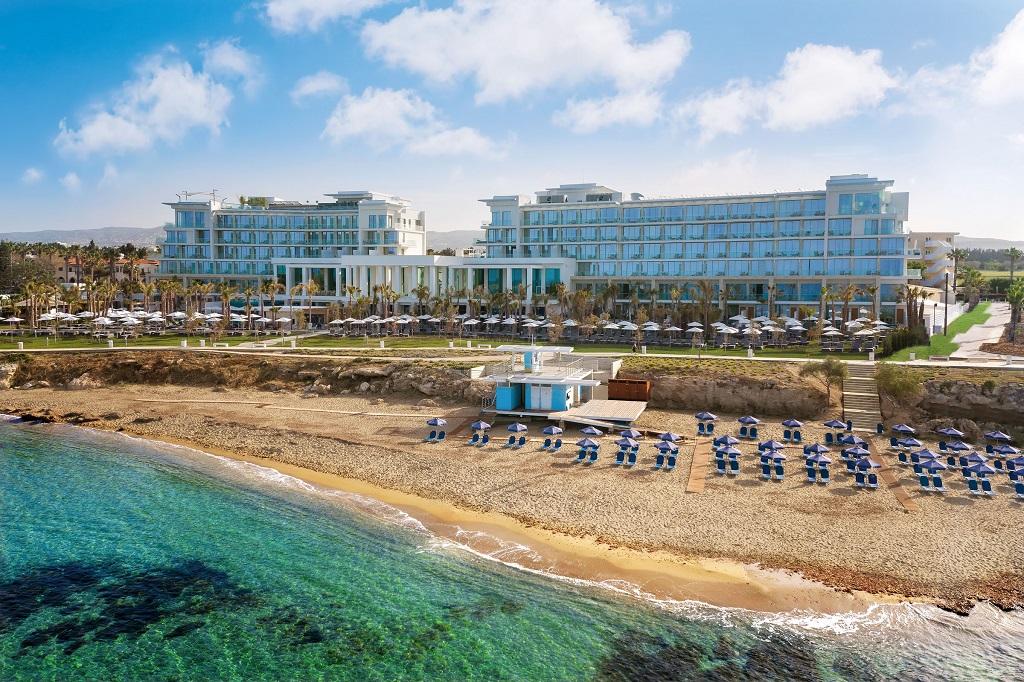 CYPR - LATO 2020: Amavi Hotel*****, 8 dni (02-09.08.2020 r.), dwa posiłki+: 4898,00 PLN/os. dorosła