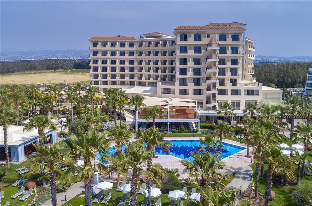 CYPR - LATO 2020: Aquamare Beach Hotel & Spa****, 8 dni (13-20.09.2020 r.), all inclusive: 2598,00 PLN/os. dorosła