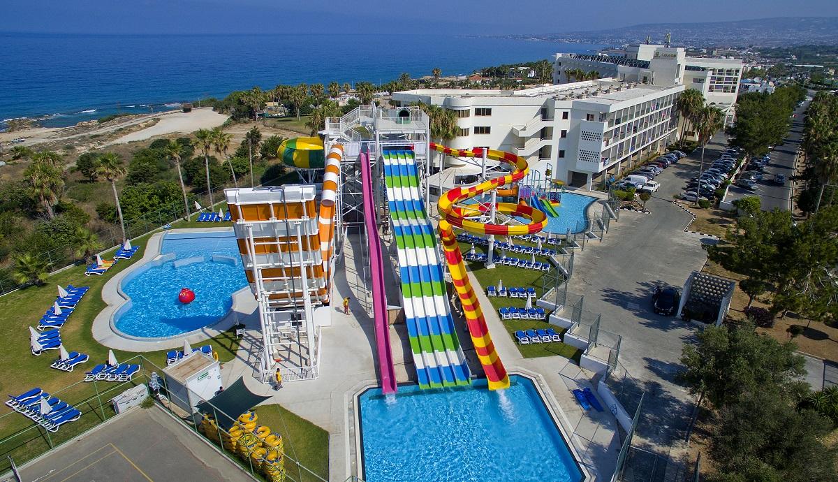 CYPR - LATO 2020: Leonardo Laura Beach & Splash Resort****, 8 dni (01-08.10.2020 r.), all inclusive: 4 + 3