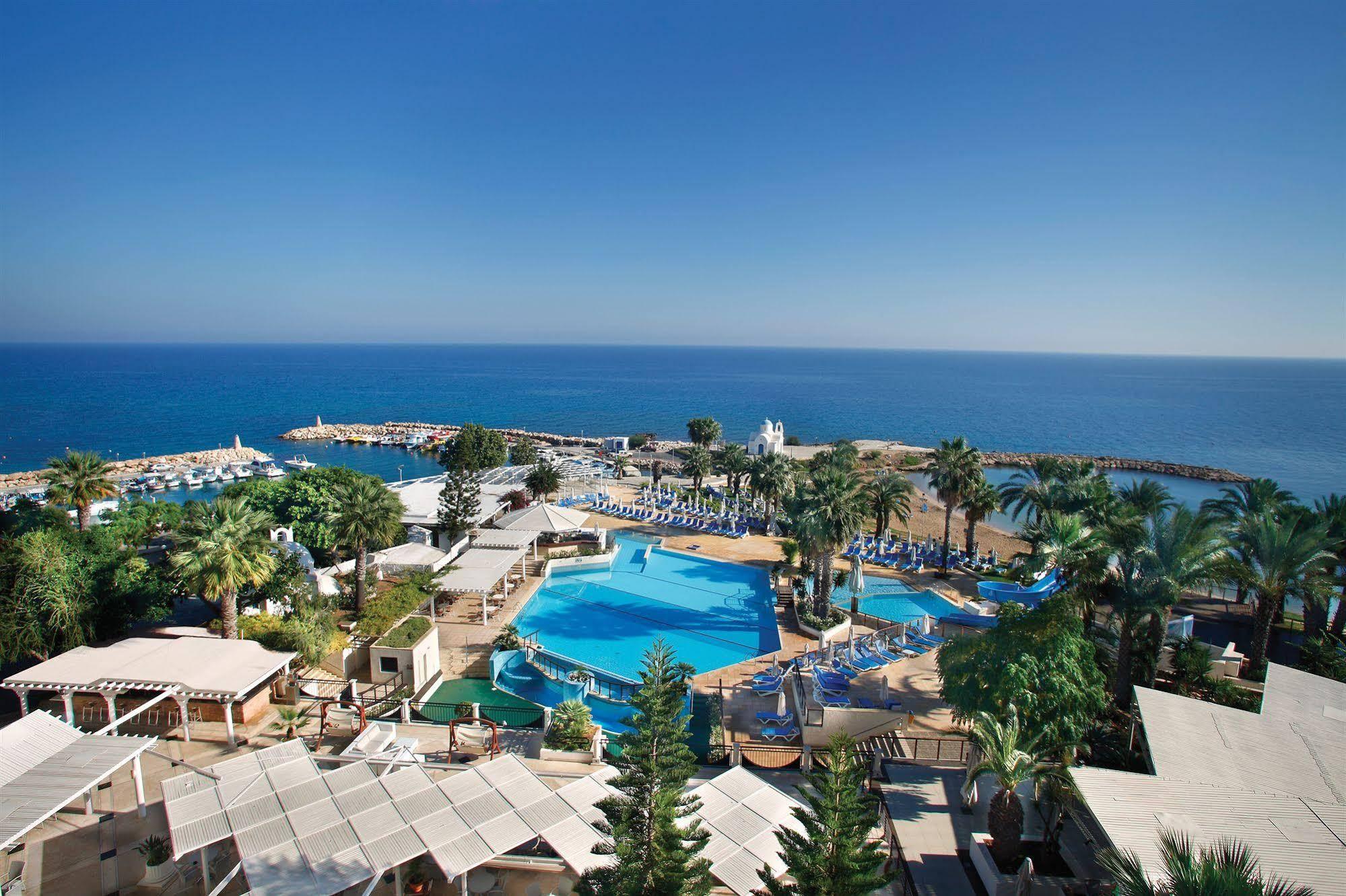 CYPR - LATO 2021: Golden Coast Beach Hotel****, 8 dni (21-28.04.2021 r.), all inclusive: 2498,00 PLN/os. dorosła