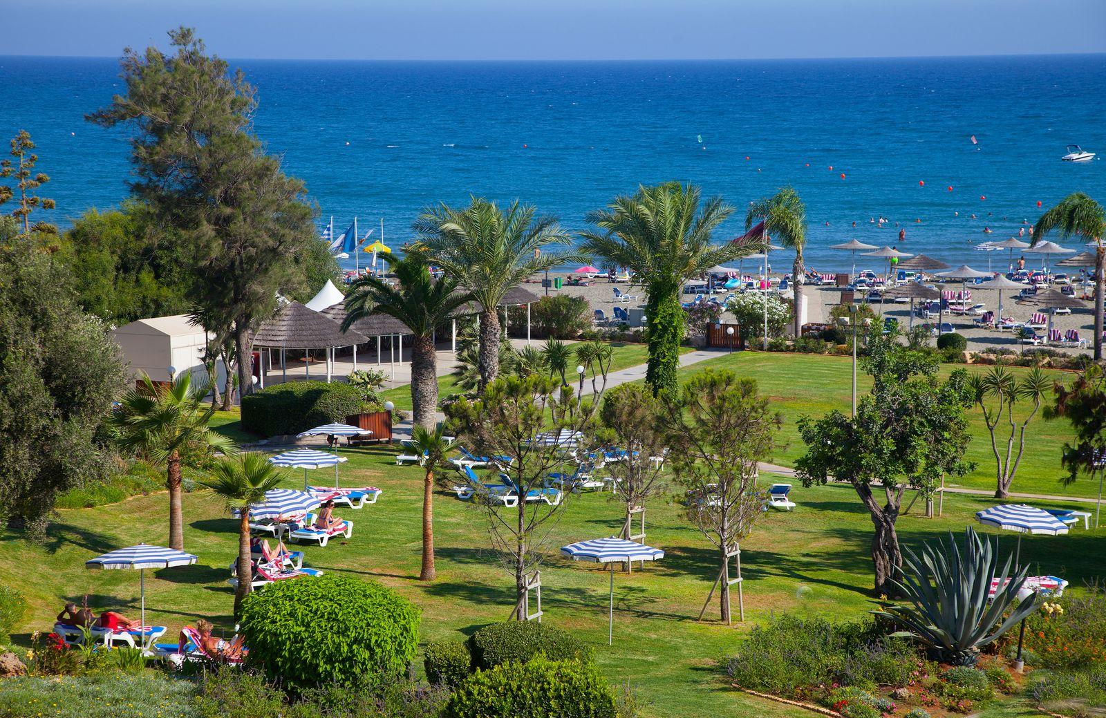 CYPR - LATO 2021: St. Raphael Resort*****, 8 dni (03-10.03.2021 r.), dwa posiłki: 3169,00 PLN/os. dorosła